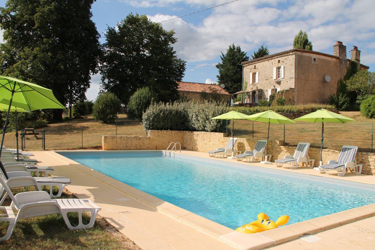 Gite Piscine Dordogne | Location Vacacnes Bordeaux
